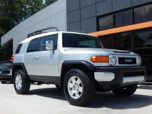 toyota fj cruiser 2008 automatic 1 9 litres lagos free classifieds in nigeria. Black Bedroom Furniture Sets. Home Design Ideas